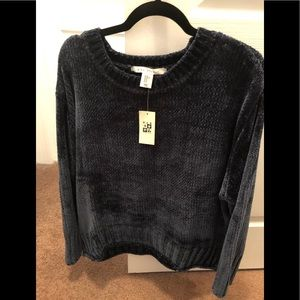 NWT soft chenille sweater